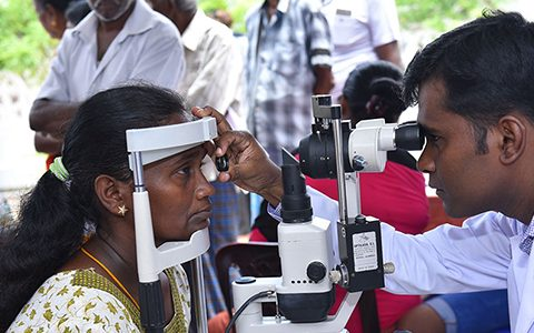 Robyn's vision to help provide eye care in Sri Lanka