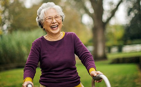 Optometry guidelines to prevent falls in older patients