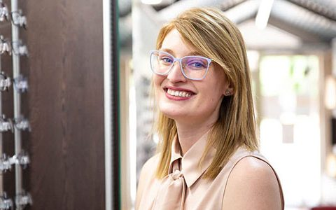 Early career optometrist Lauren Hutchinson an Eye Health Hero