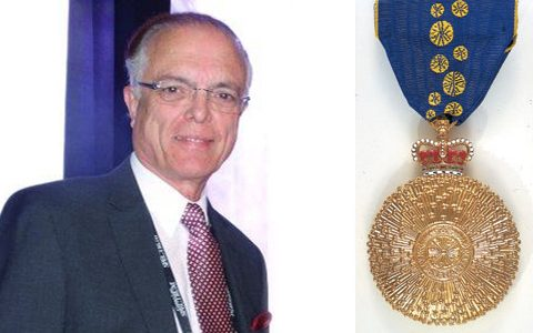 Contact lens guru Tony Phillips a Member of the Order of Australia during 50th anniversary of the approval and sale of first soft contact lens