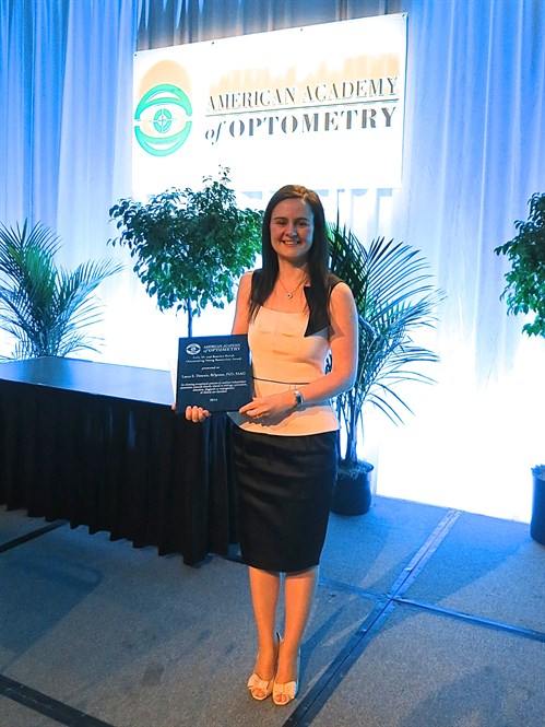 Dr Laura Downie with her award