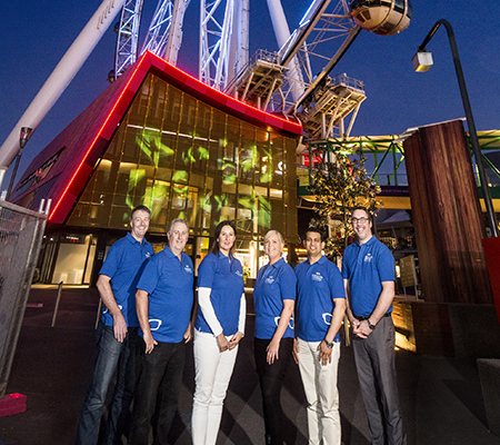 Lit Melb wheel with 6 staff - online
