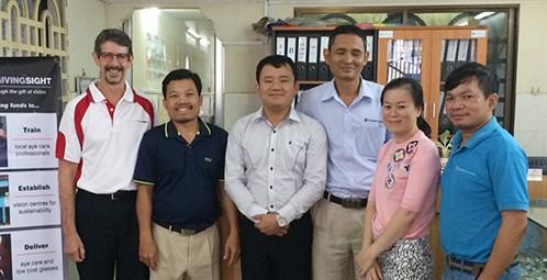 Stephen Langshaw, Phnom Penh clinic staff - online